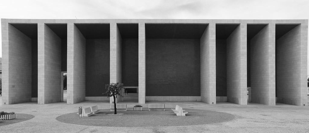 Die Aufnahme zeigt Parque das Nações,Expo 1998, Architekt Álvaro Siza