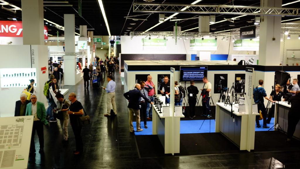 Werbefotografie Stuttgart  im Studio oder On-Location? Vor dem Fotoshooting sollte vorab geklärt werden wo die Werbefotos erstellt werden.