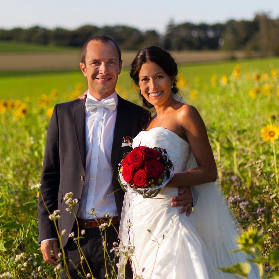 Der Hochzeitsfotograf Stuttgart gibt Ihnen Inspiration für unvergessliche und natürliche Hochzeitsbilder.